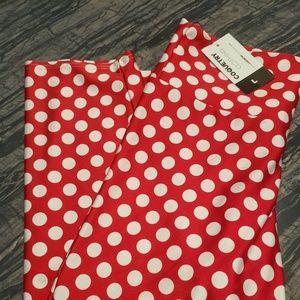 Polka dot high-waisted capri leggings